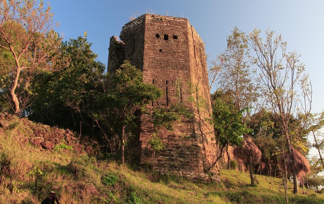 اداس اور فراموش قلعہ
